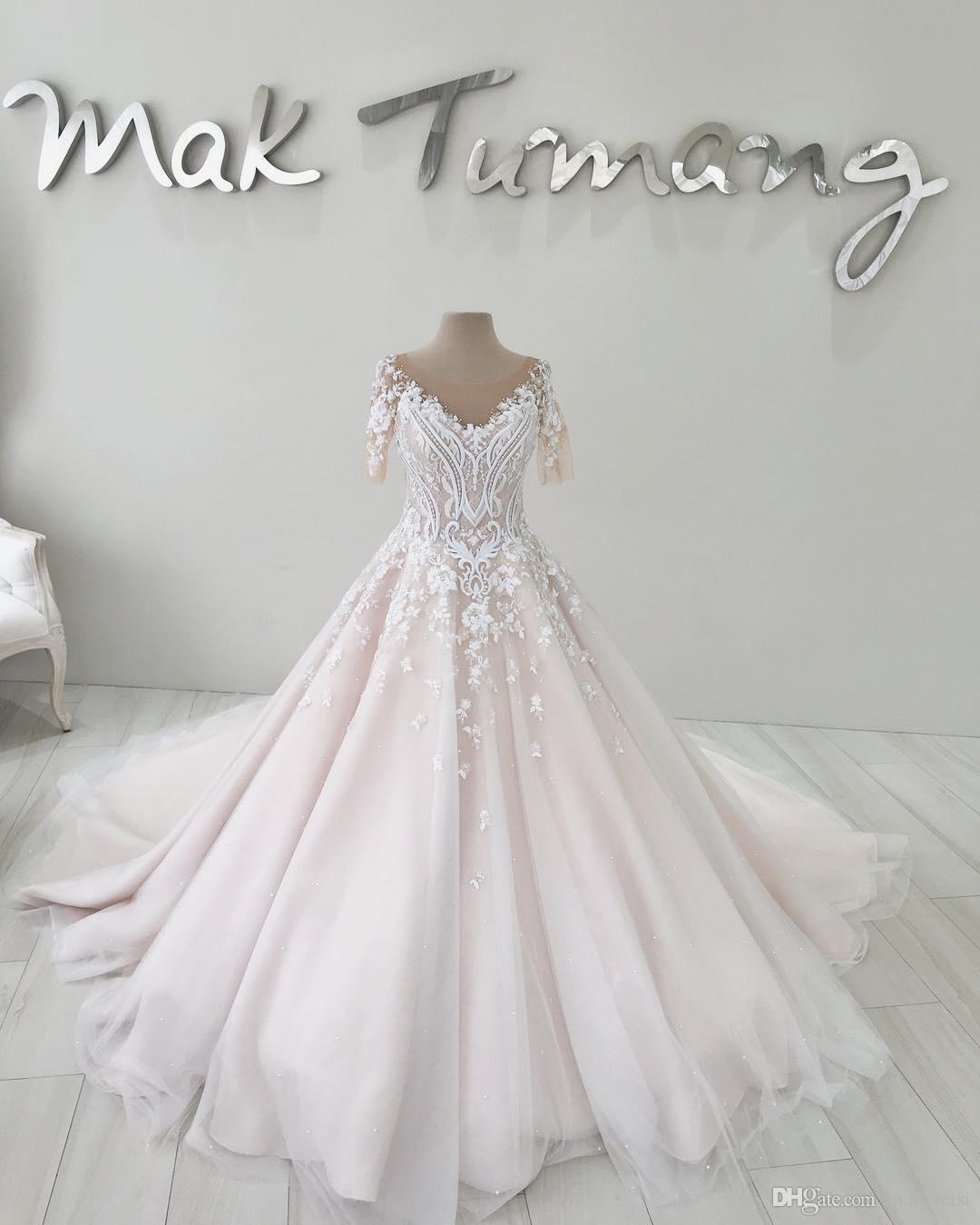 Luxury Light Pink Tulle Wedding Dresses 3D-Floral Appliques Short Sleeve Court Train Lace Bridal Gowns Beads Plus Size Wedding Dress