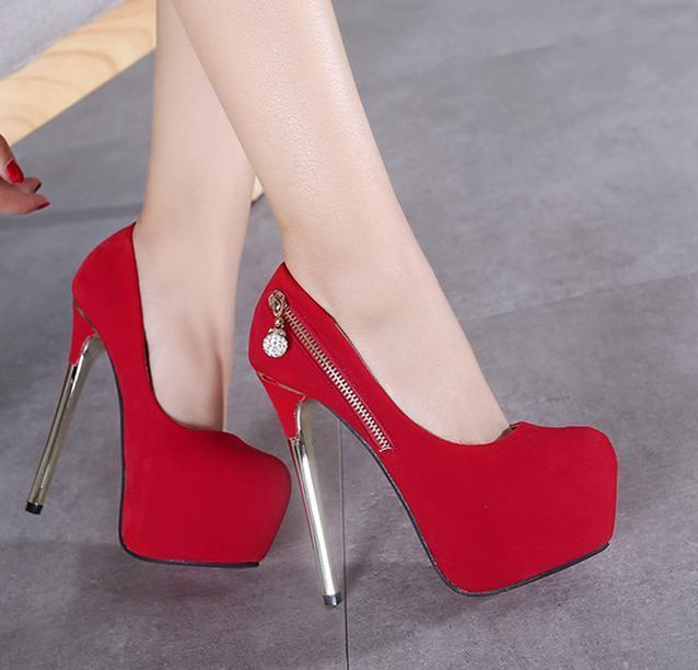 5055b2000d Compre Moda Strass Com Zip Plataforma Sapatos De Casamento Vermelho Bombas  Sexy De Salto Alto Dimensionar 34 A 40 De Tradingbear, $41.16 |  Pt.Dhgate.Com
