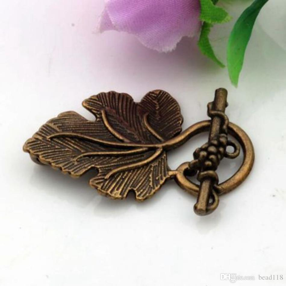 Hot ! Antique Bronze Zinc Alloy Grape Leaf Toggle Clasps 37x23mm