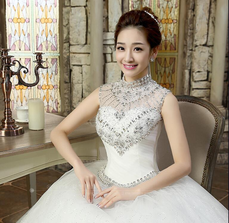 Vestidos de novia del vestido de bola del alto cuello escarpado que rebordea los vestidos de novia largos cristalinos sin mangas