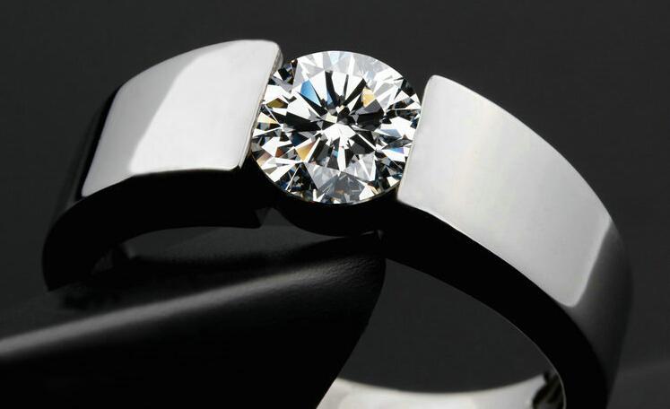 클래식 교전 925은 반지 남자 18K 진짜 화이트 골드 도금 화살표 CZ 다이아몬드 애호가 약속 반지 남성 여성을위한