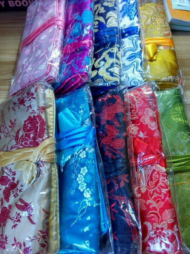 Luxury Floral 3 Zipper Smycken Roll N Gå Kosmetisk Väska Resor Case Kvinnor Makeup Bag Stor Drawstring Kinesisk Silk Brocade påse
