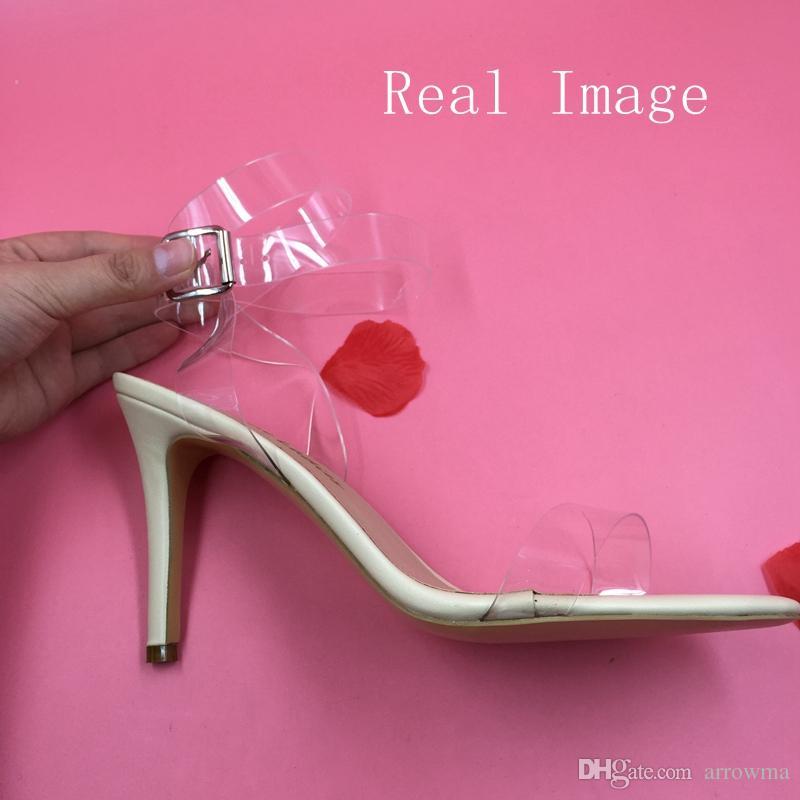 PVC Immagine reale Scarpe da sposa Scarpe da sposa Accessori Sandali stile estivo Taglie forti Tacchi alti da donna Cinghia le spalle Scarpe da sposa sexy