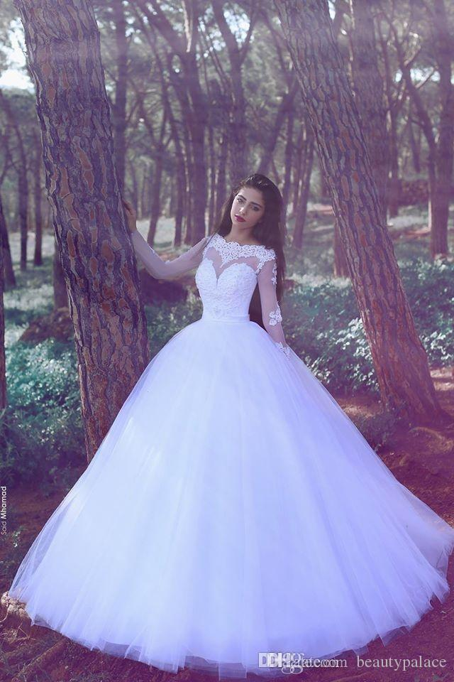 Wedding dress color in china