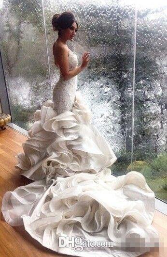 Vendita calda Photos Real Mermaid Abiti da sposa con scollo a V Collo pieno di pizzo a cascata Ruffles 2020 Abiti da sposa estate chiesa Festa di nozze