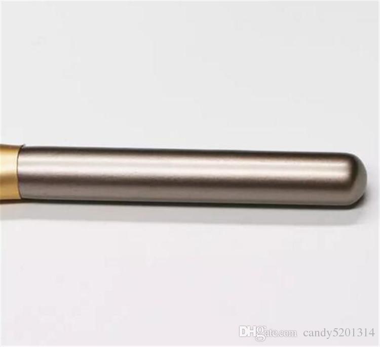 도매 팬 모양 화려한 나무 긴 손잡이 가루 브러쉬 홍당무 브러시 단일 조각 화장 도구 DHL 무료 배송 A08