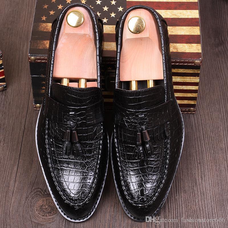 Crocodile De La Mode Italienne Texture Robe En Cuir Chaussures Mens Slip-on Oxfords Gland Chaussures Pointu Toe Business Chaussures Pour Tide Boys Noble Man