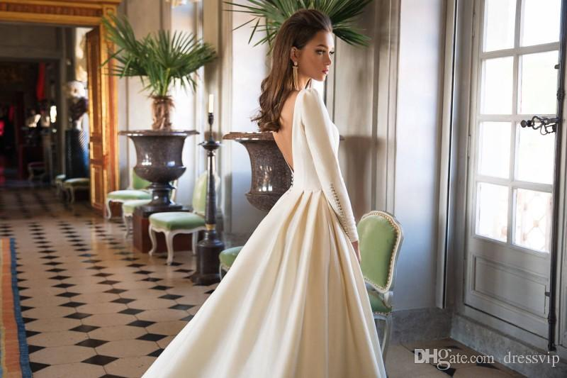 Best Sell Designer Wedding Dresses A Line Satin Backless Sweep Train Long Sleeve Wedding Gowns Bateau Neck Winter Bridal Dress Plus Size