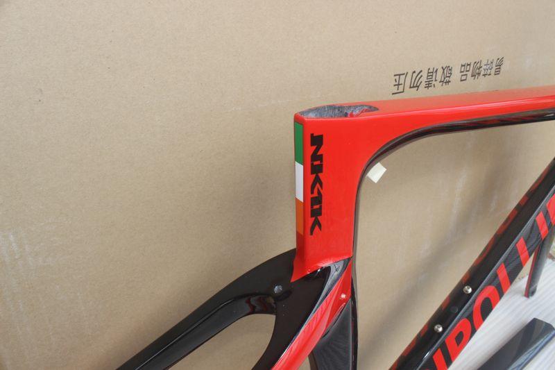 أحمر أسود اللوحة الكربون الطريق الإطار mcipollini NK1K BB68 / bb30 t1000 الكربون إطار الدراجة تشمل الإطار شوكة seatpost سماعة