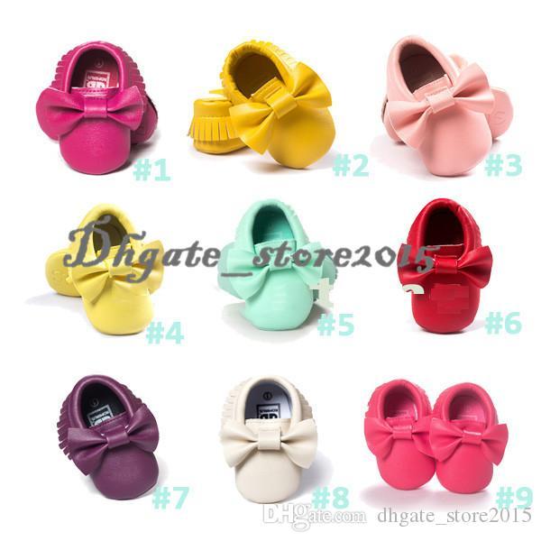 19 Cores Novo Bebê Primeiro Walker Sapatos moccs mocassins Do Bebê macio único mocassim couro Colorido Arco Borla botas sapatos de crianças