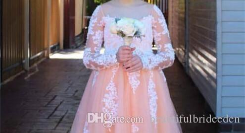 Blush Lace Arabic 2017 Floral Flower Girl Dresses Mangas largas Vintage Vestidos infantiles Vintage Beautiful Light Girl Vestidos de novia