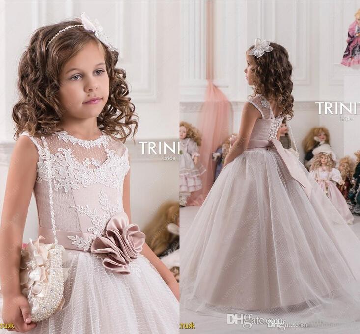 2016 schiere Hals Tüll Spitze Ballkleid Blumenmädchenkleider Vintage Kind Pageant Kleider Schöne Blumenmädchen Brautkleider