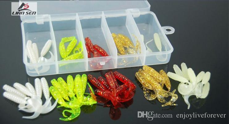 2017 Wholesale Price 30mm 45mm Simulation Road Maggots Soft Baits and Worms Shape Fake Silicone Fishing Lures for Saltwater with