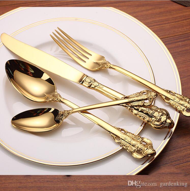 339b602cd8c Compre 24 Peças De Alta Qualidade De Luxo Conjunto De Louça De Ouro Banhado  A Ouro De Aço Inoxidável Conjunto De Talheres Faca De Jantar De Casamento  Garfo ...
