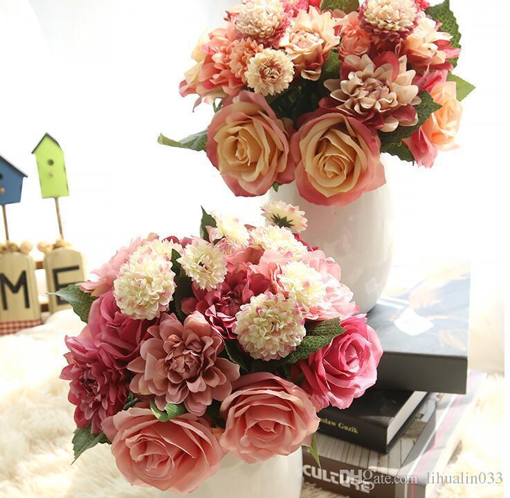 1 Bouquet 30 CM Rosas Dahlias Margaritas Seda Flor Boda Ramo Flores Artificiales Otoño Vivid Fake Leaf Nupcial Ramos de flores Decoración