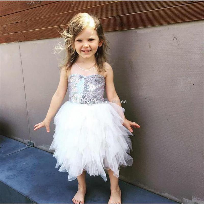 INS Girls White Full Lace Sequins Princess Dresses Kids Girls Princess tutu Dress Babies Pom Pom Party Dress Childrens Summer clothing 2-7T