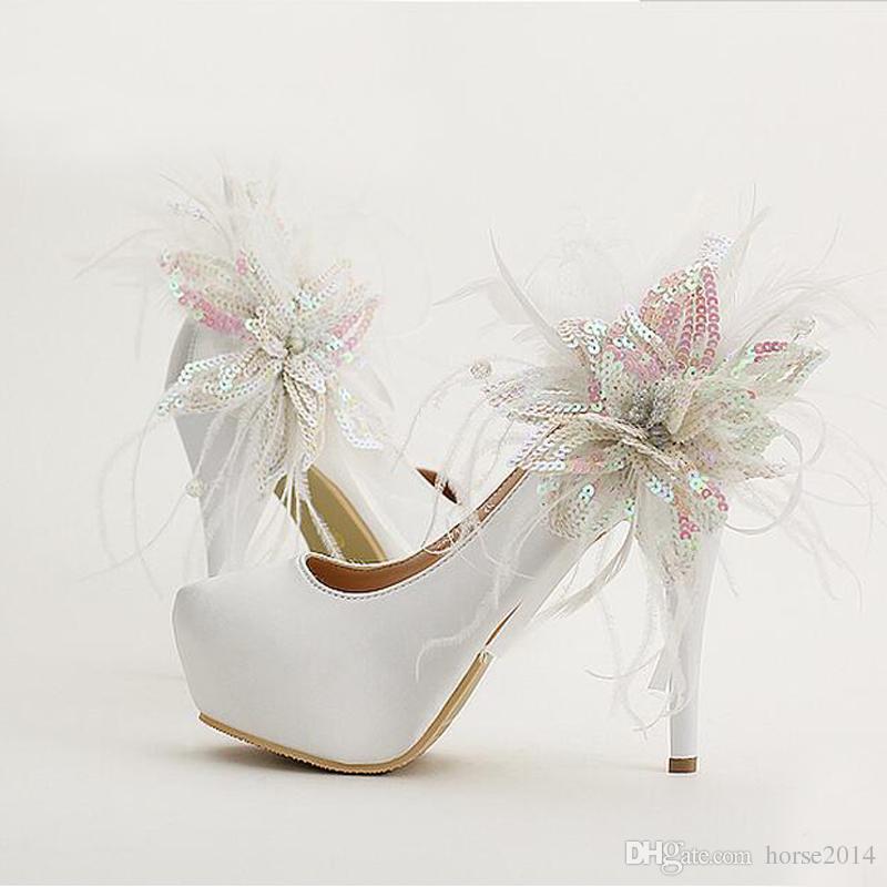 Stiletto Heel Plateaus Rote Satin Brautschuhe Glitter Blume Feder Ronnd Toe Brautkleid Schuhe Frauen Pumpt Wahre Größe