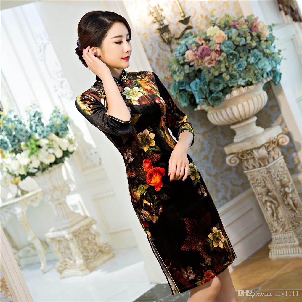 Vestito tradizionale cinese cinese tradizionale dal velluto del vestito dal velluto cheongsam dell'annata Cina Qipao mezzo manica vestito tradizionale cinese