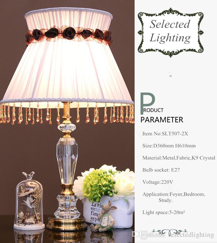 새로운 도착 럭셔리 패션 크리스탈 테이블 램프 침실 아트 데코에 대 한 K9 크리스탈 조명 패브릭 갓 디스플레이 책상 램프