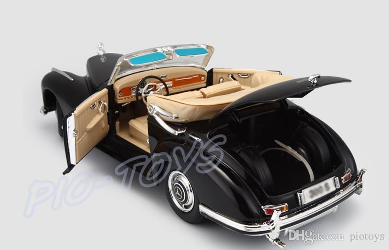 Regalo di Capodanno Maisto 300S 1:18 Model Metal Veicolo Collezione di auto Giocattoli Materiale di lega Modello di auto realistico di lusso Resistente agli urti