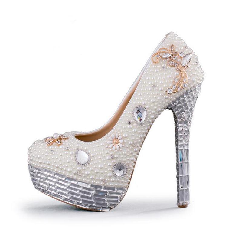 8f3d721c3 Bottero Calçados Sapatos De Casamento De Cristal Plus Size Branco Pérola  Vestido De Noiva Bombas Novo Design De Luxo Plataforma De Strass Prom  Evento De ...