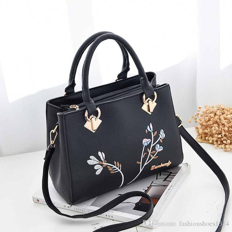 3256ae88fb86 2017 New Fashion Flower Designers Tote Bags High Quality Leather Handbags  Women Famous Brand Shoulder Bag Messenger Bags Woman Hand Bags Hobo Bags  Ladies ...