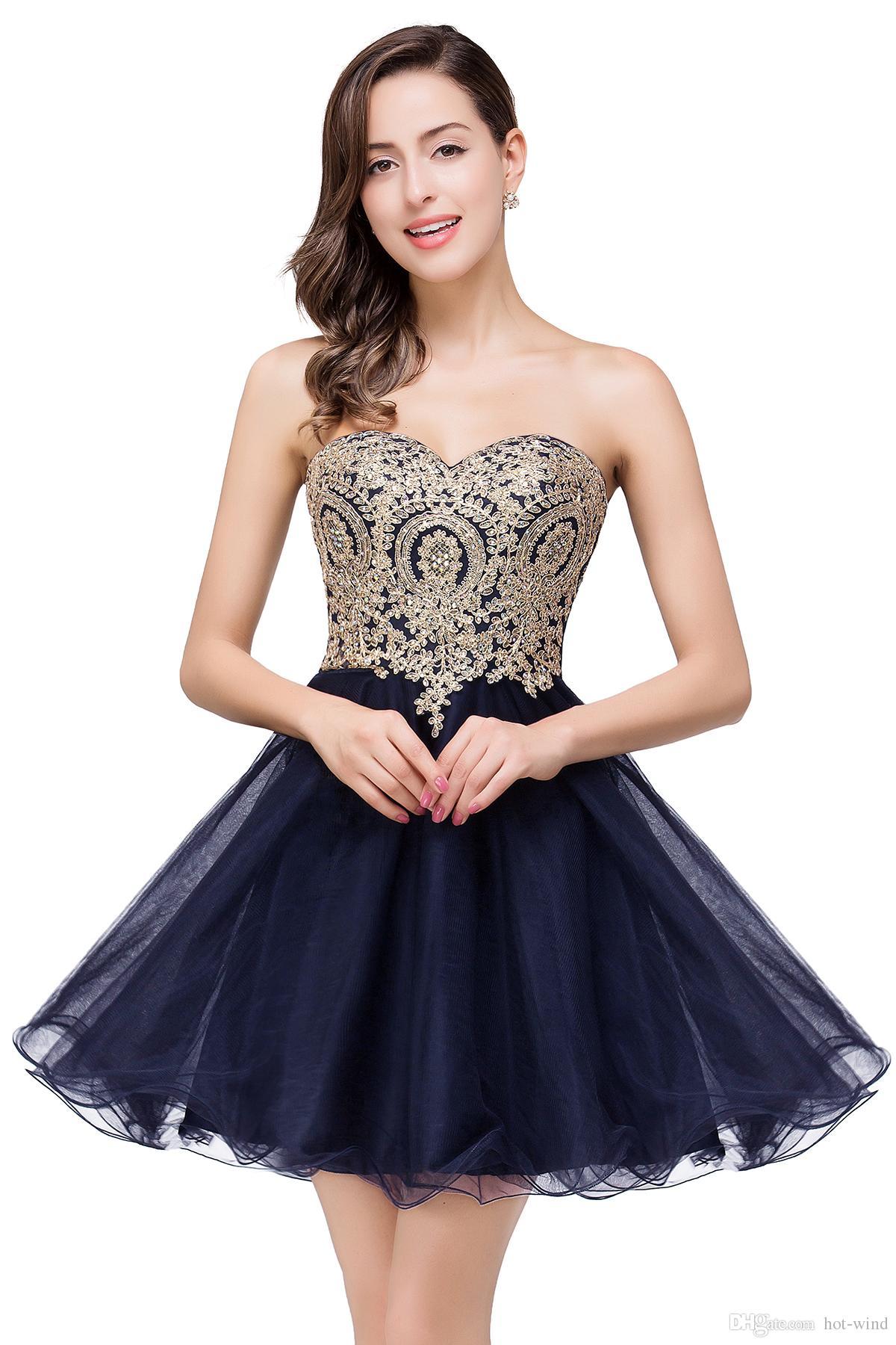 $ 39.9 Novo Barato 7 Cores Mini Curto Vestidos Homecoming 2020 Little Black Lace Apliques de Tule Cocktail Borgonha Prom Party Vestidos CPS411