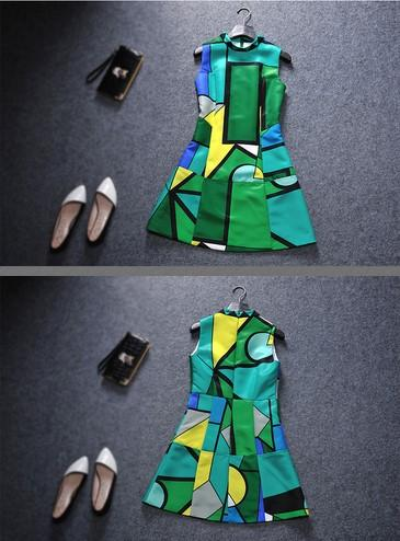 2016 autumn elegant slim skirt personality sleeveless turtleneck dress. 100% polyester fabric. Leisure simplicity. A word skirt.