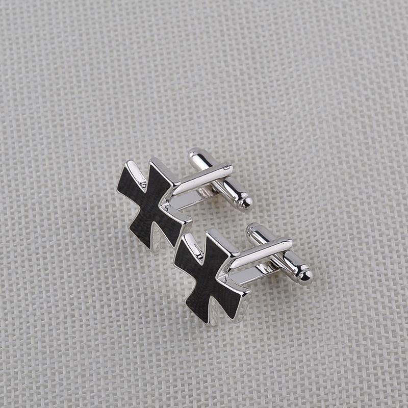 Assassins Creed Knights Templer Manschettenknöpfe Schwarzer Emaille Christian Cross Französisch Hemd Manschettenknopf Zubehör für Männer Hochzeit Business Geschenk