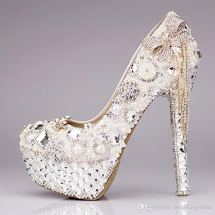 Yeni 2018 Lüks Düğün Ayakkabı Glitter Sequins İnci Yay Örgün Parti Köpüklü Tek Elmas Gelin Yüksek Topuk Ayakkabı EM01432