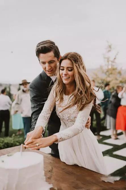 Bohemian Vestidos de casamento do laço com País mangas compridas até o chão A Linha Lace Applique Chiffon Boho vestidos de noiva baratos