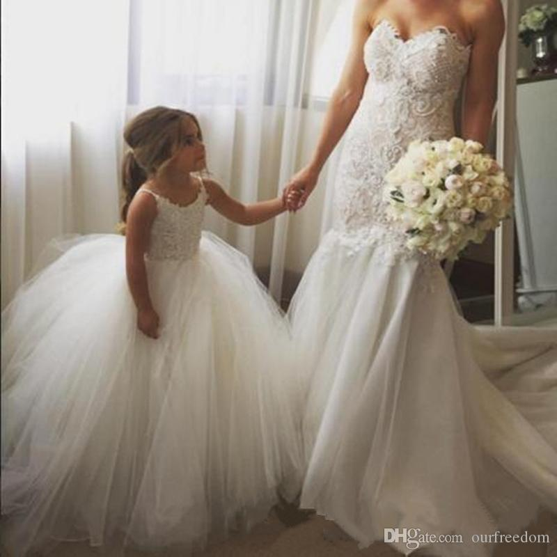Cheap Flower Girls Dresses Tulle Lace Top Spaghetti Formal Kids Wear For Party 2019 Toddler Gowns