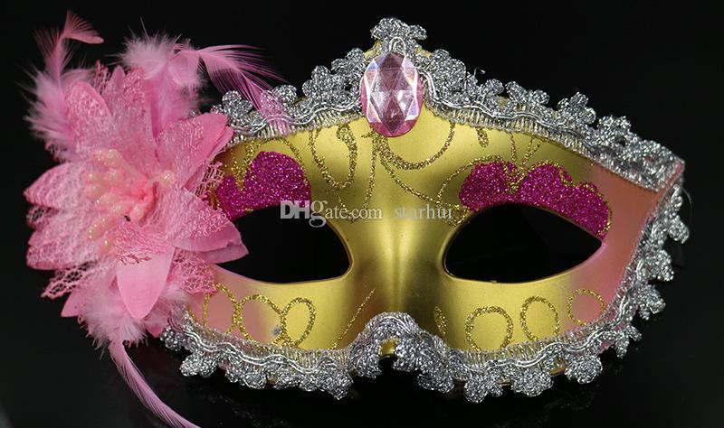 2017 Maskerade Masken Venezianischen Gesichtsmaske Mode Lily Flower Kristall Strass Party Dekoration Halloween Weihnachtsgeschenk 13 Stil WX9-76