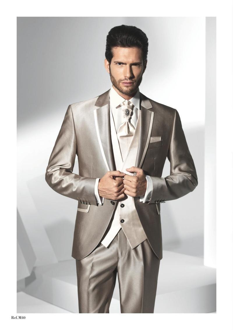 2021slim Fit Groom TUXEDOS Cuello plano Best Man Hombre Cuello plano Groomsman Hombres Trajes de boda Bridegroom Hecho a medida chaqueta + pantalones + corbata + chaleco