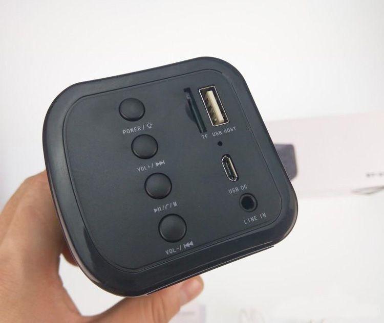 BT-818 Bluetooth Speakers Wireless Handsfree Streaming Speaker Stereo Music Sound Box Audio Super Bass U Disk TF Portable MINI Speaker