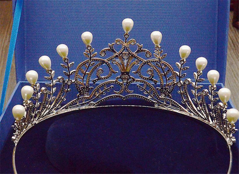 Vintage Düğün Gelin Tall Taç Tiara Pageant Saç Aksesuarları Gümüş Kristal Rhinestone İnci Kafa Prenses Kraliçe Headdress Büyük Bant