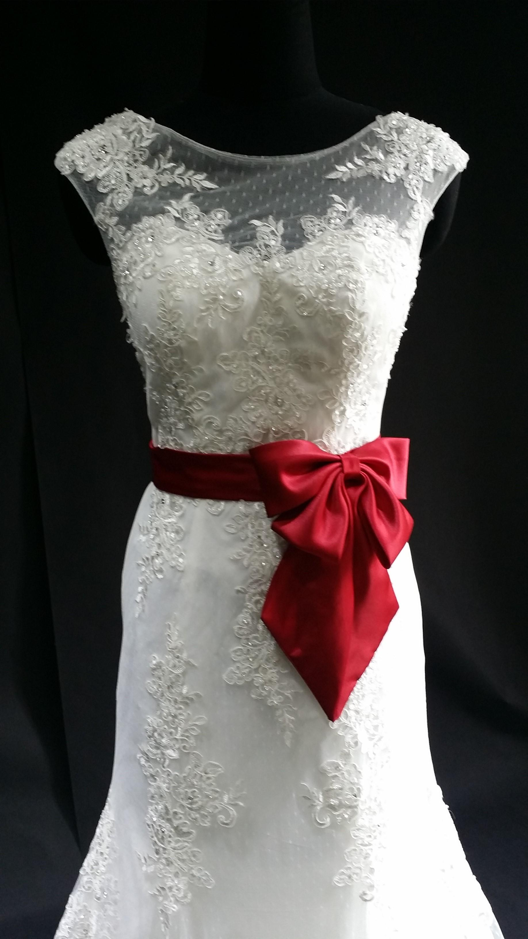 White wedding dress with red satin ribbon a line elegant for Wedding dress with red ribbon on waist