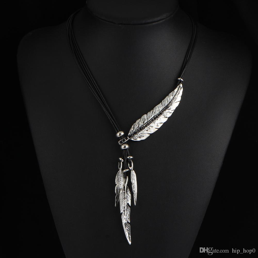 Black Leather Necklace Feather Leaves Multilayer Necklace Tassel Style Statement Jewelry Women's Fashion Chain Rhinestone Choker Necklace