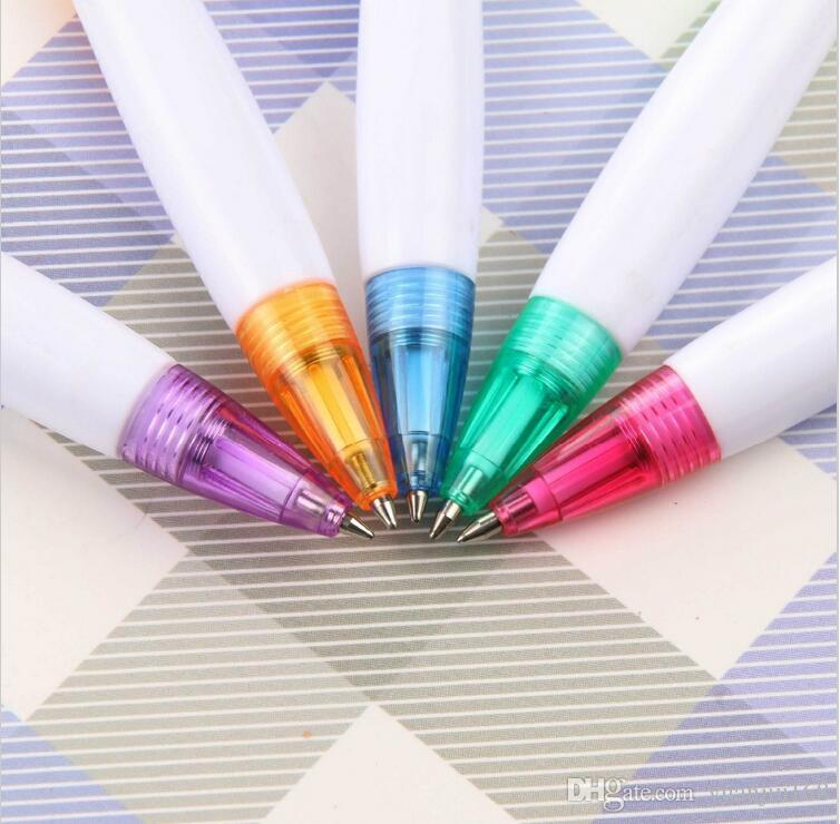 2017 New Colorful Creative Flashlight ballpoint pen Stationery Ballpen Colors Oily blue Refill 0.7 mm free delivery G1017