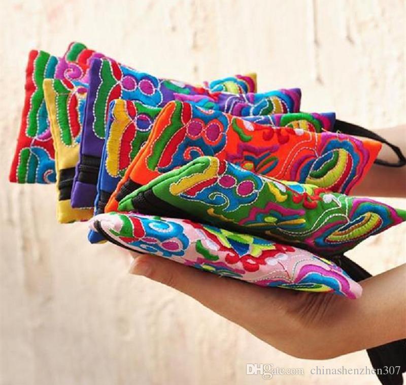 Style National Femmes Embrayage Contraste Couleur Broderie Sac à Main Dragonne Élégant Petit Mini Téléphone Portable Sac Portefeuille Unique Design
