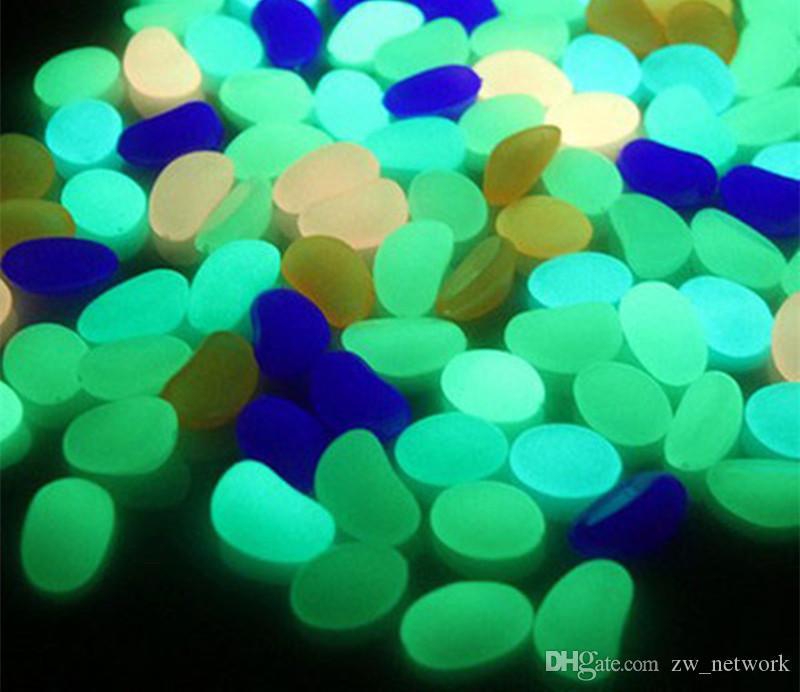 ¡DHL! Resplandor en las piedras oscuras decoraciones verdes jardín guijarro al aire libre rocas luminosas acuario Fish Tank Decorions / bolsa