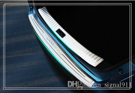 High quality 1 internal+ externalrear trunk decoration protection scuff plate,protection bar for Nissan Lannia/bluebird 2016-2018
