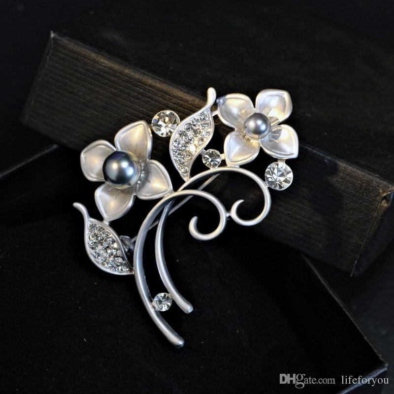 Flower Pearl Rhinestone Brooch Pin Silver Gold-plate Alloy Faux Diamente Broach for bridal wedding costume party dress ladies Pin gift 2016