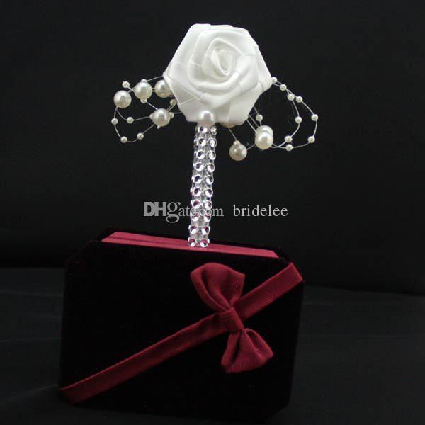 1 UNID Hecho A Mano Boutonniere Novio Cinta Blanca Rose Ramo de La Boda de Flores Padrinos de boda Partido Prom Hombre traje de Accesorios