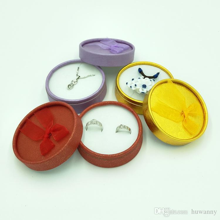 Boîtes à bijoux 8.3 * 8.3 * 3.5cm Collier Bracelets Anneaux Boucles D'oreilles Ronde Boîte D'emballage Cajas De Regalo pour Noël Nouvel An En Gros 0657WH
