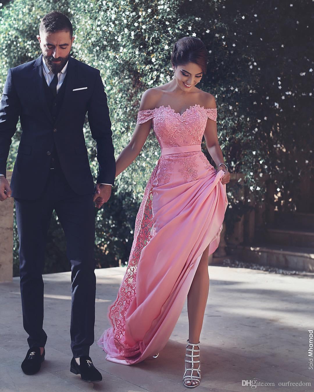 2019 Mode dit Ahamad Soirée Robes APPLIQUES DANS L'ÉPAULAGE DE POISSON DE PLANCHER UNE OCCASION FORME PROM Robes De PRÉ Célébrité Fabriqué sur mesure