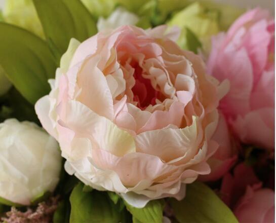 peonia bellissimo fiore decorazione della casa Hand Made Artificiale Peonia Mazzo Fiori Accessori da sposa Corridori Bulk da giardino 7 teste di peonia di fiori
