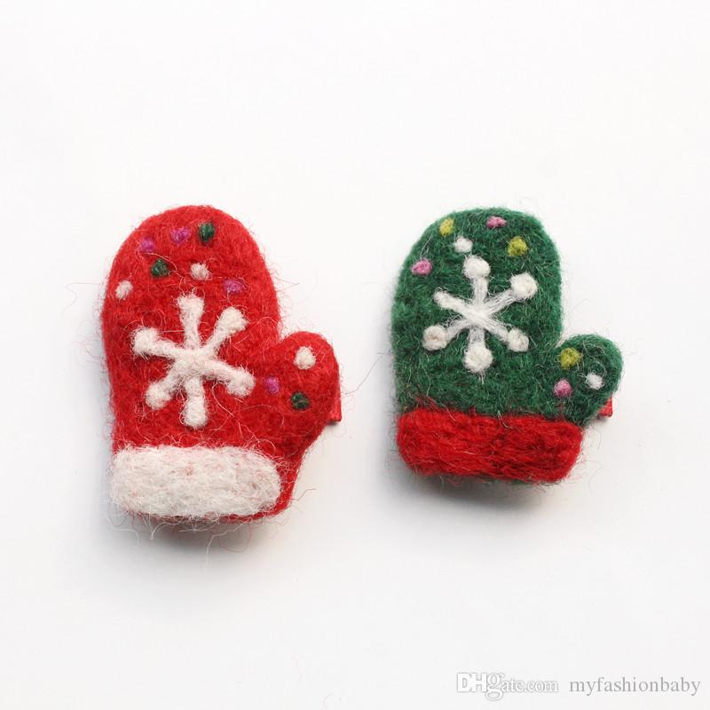 2017 Christmas Santa Claus baby Hair Clips Cartoon Red Glove Hairpin Snow Green Gloves Kid Handmade Girls Wool Hairpins Snowman
