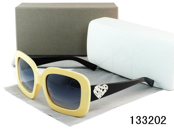 Бесплатная доставка всемирно известный бренд новые Cat Eye классический бренд солнцезащитные очки Женщины горячий продавать солнцезащитные очки старинные Oculos UV400 с коробкой