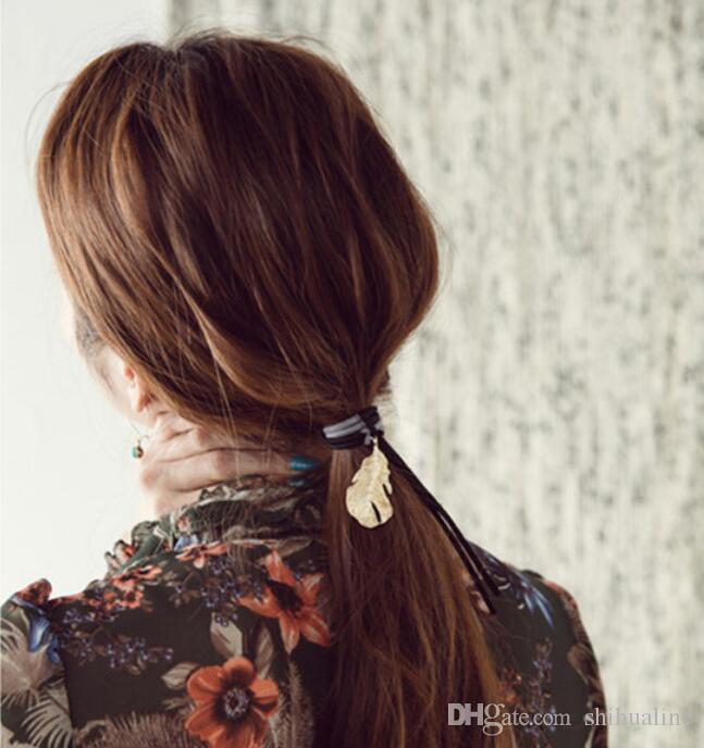 Corea ornamenti capelli testa retrò metallo pendenti in piuma colpire il colore dei capelli corda anello capelli nappa lascia elastico